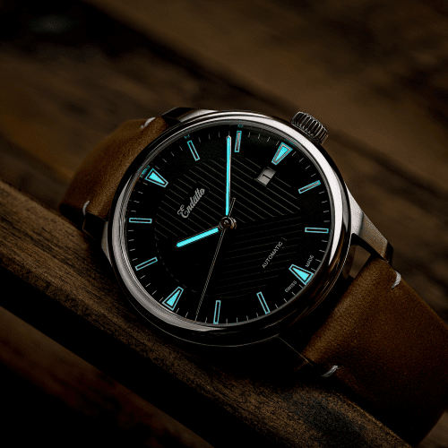 Swiss-made watch featuring a green dial and Eta 2824-2 automatic movement with a genuine leather strap and SuperLumiNova BGW9